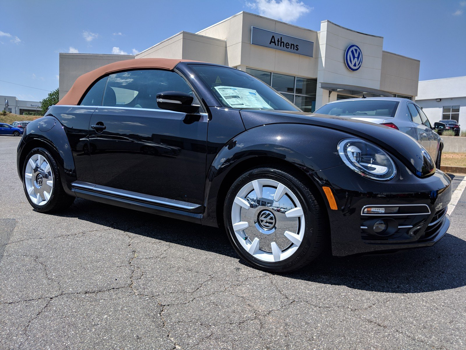 Vw Beetle Convertible >> New 2019 Volkswagen Beetle Convertible Final Edition Sel With Navigation