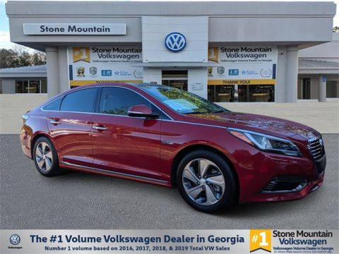 Pre-Owned 2016 Hyundai Sonata Hybrid Limited With Navigation